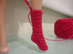 Crochet Toys Barbie Clothes Barbie Basic Socks (Free Crochet Pattern) - This hub is a free pattern for making some basic socks for Barbie. You can end off earlier to get lower socks or continue on with the pattern for knee high socks. Crochet Sock Pattern Free, Crochet Barbie Patterns, Barbie Clothes Patterns, Crochet Barbie Clothes, Doll Clothes Barbie, Cute Crochet, Crochet Dolls, Barbie Dress, Free Pattern