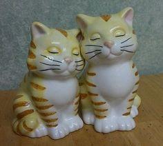 Sleepy Yellow Cat Kittens Kittys Salt & Pepper Shakers