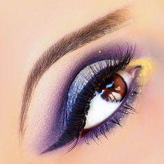 glitter in glenda & parker Makeup Trends, Makeup Tips, Makeup Ideas, Kiss Makeup, Face Makeup, Eye Art, Makeup Forever, Nail Tutorials, Gorgeous Makeup