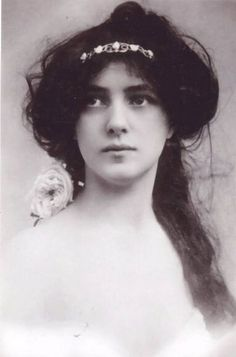 "Evelyn Nesbit, Circa 1900   _   Evelyn Nesbit was the professional name of Florence Evelyn Nesbit, a popular American chorus girl and artists' model whose liaison with renowned architect Stanford White immortalized her as ""The Girl in the Red Velvet Swing."""