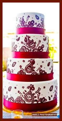 round white and red wedding cakes