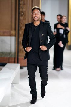 Real Madrid ready to make bid for Neymar - HF Neymar Jr Wallpapers, Paris Saint Germain Fc, Soccer News, Nike Soccer, Soccer Cleats, Neymar Pic, National Football Teams, Bae, Junior Fashion