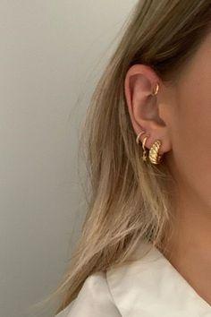 Ear Jewelry, Dainty Jewelry, Cute Jewelry, Jewelry Accessories, Jewelry Necklaces, Jewlery, Jewellery Earrings, Silver Jewellery, Jewelry Trends