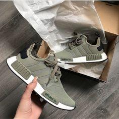 adidas Originals NMD in oliv-weiß/green-white // Foto: mr. Moda Sneakers, Cute Sneakers, Sneakers Adidas, Nmd Adidas Women Outfit, Adidas Nmds, Shoes Sneakers, Crazy Shoes, Me Too Shoes, Adidas Originals