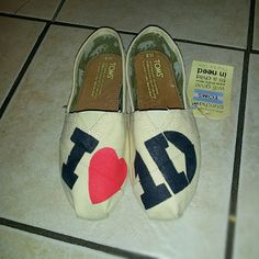 One Direction Toms!!!!!!!!!!
