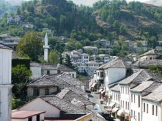 Fotografía: Justo Palma- Albania, Montenegro, Macedonia, Art Photography, Beautiful Places, Tours, Mansions, House Styles, World