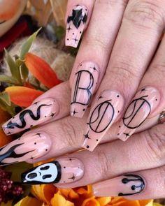 Ballerina Acrylic Nails, Black Acrylic Nails, Best Acrylic Nails, Acrylic Nail Designs, Black Nail, Unique Nail Designs, Matte Black, Acrylic Gel, Holloween Nails