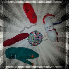 #microbes all set for going to town! #BeadsAndSparkles   http://www.glasgowcityofscience.com/get-involved/knitting-microbes