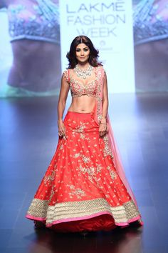 Anushree Reddy at Lakmé Fashion Week winter/festive 2016