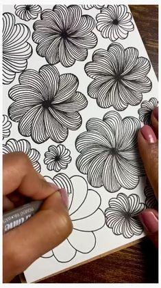 Easy Doodle Art, Doodle Art Designs, Doodle Art Drawing, Zentangle Drawings, Mandala Drawing, Zentangle Patterns, Art Drawings Beautiful, Art Drawings Sketches Simple, Pencil Art Drawings