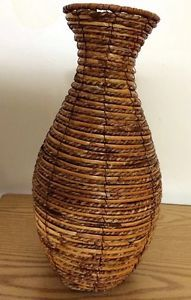 Antique White Wicker Victorian Plant Stand Trumpet Vase Church Funeral  Parlor   Plants   Pinterest   Vxter, Victorian och Funeral