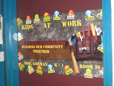 Clutter-Free Classroom: Construction Themed Classrooms
