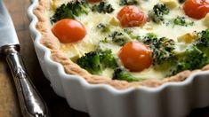 Parsakaali-fetapiiras - Yhteishyvä Margarita, Quiche, Feta, Eggs, Baking, Breakfast, Recipes, Bread Making, Breakfast Cafe
