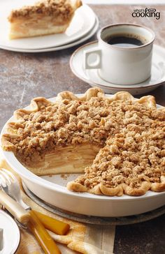 Need a great apple pie recipe? This seasonal favourite will have you serving up delicious dessert that's easy as pie! Tap or click photo for this Dutch Apple Pie Apple Pie Recipes, Baking Recipes, Dessert Recipes, Apple Pies, Pecan Pies, Apple Pie Recipe Easy, Cake Recipes, Delicious Desserts, Yummy Food