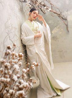 Japanese Wedding, Japanese Brides, Traditional Wedding Attire, Wedding Prep, Wedding Planning, Japanese Outfits, Kimono Dress, Japanese Kimono, Wedding Photoshoot