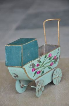Vintage-Fine-Small-Handcrafted-Painted-Pram-Tin-Toy-Collectible