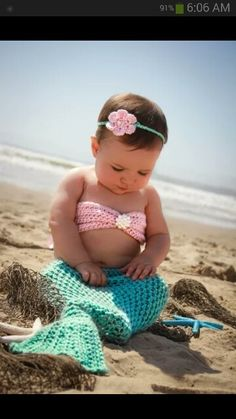 Baby mermaid photos are sososo cute Baby Kostüm, Baby Kind, My Baby Girl, Baby Love, Baby Girls, Baby Outfits, Baby Dresses, Mermaid Dresses, Cute Kids