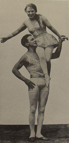 1930s circus acrobats aerialists LILLIAN LEITZEL and ALFREDO CODONA