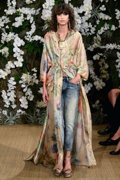 New York Fashion Week: 10 Best Looks From Ralph Lauren Fashion 2017, New York Fashion, Look Fashion, Runway Fashion, Autumn Fashion, Fashion Brands, Fashion Design, Flare Jeans Outfit, Mode Kimono