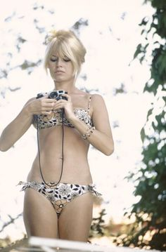 Brigitte Bardot: filming Louis Malle's Viva Maria in Mexico in 1965. Photo by Gerard Gery for Paris Match magazine.