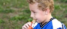 If you're looking for quick and healthy snack ideas for kids, here are the best choices for active kids and busy parents.