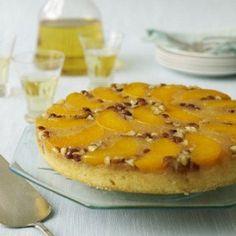 Пирог с нектаринами и мускатным орехом
