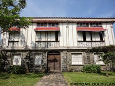 Casa Tondo Philippine Houses, Mansions, House Styles, Home Decor, Philippines, Houses, Decoration Home, Manor Houses, Room Decor