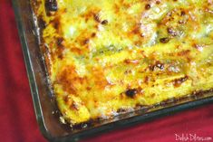 Pastelón is a classic Puerto Rican dish made with layers of thinly-sliced sweet plantains, ground meat, and cheese! Think of it like Puerto Rican lasagna! Plantain Recipes, Ripe Plantain, Pastelon Recipe, Spanish Dishes, Spanish Food, Spanish Recipes, Puerto Rico, How To Cook Plantains, Clean Dinners
