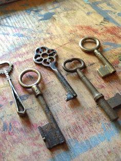 Antique Skeleton Key Set - Brass Monkey Bunch - Very RARE - Instant Collection via Etsy