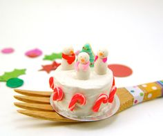 Miniature Sweets Christmas Cake with Snowmen and by mousemarket