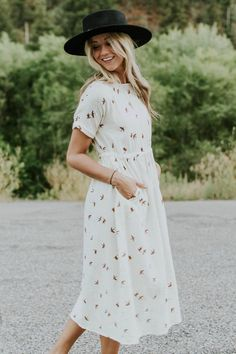 45 Stylish Printed Dress That Will Make You Look Cool Hipster Outfits, Modest Outfits, Modest Fashion, Cute Outfits, Fashion Outfits, Fashion Weeks, Womens Fashion, Church Dresses, Dresses For Teens