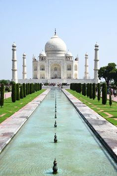 Taj Mahal - Agra, India - The world's most beautiful tribute to love.  #travel #india #tajmahal #bucketlist