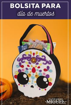 Porche Halloween, Dulceros Halloween, Holidays Halloween, Mexican Pinata, Mexican Party, Halloween Door Hangers, Halloween Coloring Pages, Party Bags, Diy And Crafts