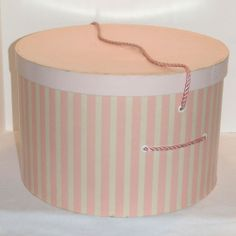 Vtg Lg Round Dress Hat Box Pink White Striped Satin Lined w Rope Carrying Handle