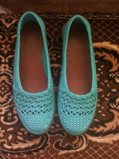 Одноклассники Crochet Shoes Pattern, Shoe Pattern, Crochet Slippers, Knit Crochet, Crochet Patterns, Make Your Own Shoes, Shoe Crafts, Knit Shoes, Crochet Projects