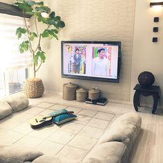 壁掛けTV/エコカラット/カゴ収納/シェードカーテン/とろけるコーナークッションセット/コーナーソファ…などのインテリア実例 - 2017-05-10 03:00:45 | RoomClip(ルームクリップ)