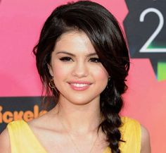 10 Selena Gomez Hairstyles You Can Try Out - Fitnesskites