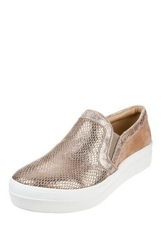Pancha Dorada Prüne / Gold slip on