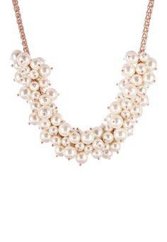 Hübsche Statementkette im Romantik-Look. sweet deluxe Halskette - roségoldfarben/weiß