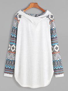 Shop Contrast Raglan Sleeve Curved Hem Hooded Sweatshirt online. SheIn offers Contrast Raglan Sleeve Curved Hem Hooded Sweatshirt & more to fit your fashionable needs.