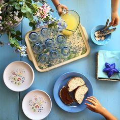 Colazione? Si grazie! #buongiorno bella gente ... #goodmorning #pic #picoftheday #photobyme #photography #photographer #colazione #colazioneitaliana #breakfast #breakfasttime #food #ricetta #cucina #lacucinachevale #instagood #vscogood #style #vscocam #instafood #foodblogger #foodie #good #limonata #mare #sardegna #holiday #portoottiolu