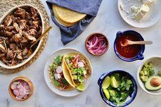 Slow Cooker Pork, Slow Cooker Recipes, Crockpot Recipes, Delicious Recipes, Pork Tacos, Shredded Pork, Mexican Food Recipes, Ethnic Recipes, Appetizer Salads