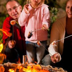 Best Camping Cookware for Roasting Marshmallows, Hot Dogs & Smores. 22 Fork with Wooden Handles - Set of 10 Toasting Sticks Ideal for Campfire Cooking : Patio, Lawn & Garden Best Camping Cookware for Roasting Marshmallows, Hot Dogs & Smores. Camping Guide, Camping Hacks, Camping Ideas, Camping Cooking, Marshmallow Roasting Sticks, Roasting Marshmallows, Fire Pit Accessories, Shish Kabobs