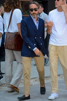 Navy Jacket, Jacket Style, Stylish Outfits, Cool Outfits, Fashion Outfits, Mens Linen Jackets, Star Fashion, Mens Fashion, Sports Jacket