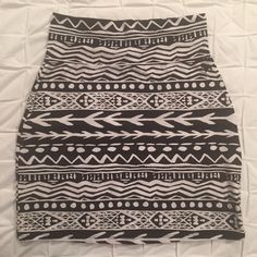 Host Pick PINK Black & White Aztec Print Mini PINK Victoria's Secret black & white Aztec print stretch mini skirt. Size medium however fits like a small. Approximately 17 inches total length. Material: 95% cotton, 5% elastane PINK Victoria's Secret Skirts Mini