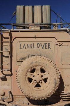 Muddy Monday: Land Rover