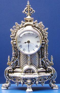 Reloj de plata antigua