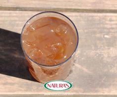 Delicious sweet and sour drink flavored with tamarind pulp.  Deliciosa bebida dulce y ácida, hecha con la pulpa del tamarindo.