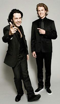 I have kinda become obsessed with Bard and Vegard. This is a problem. #ylvis