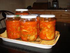 A Kimcshi (hangul: 김치, nyugaton kimchi?) a koreai konyhaművészet egyik legismertebb étele, a koreai étkezések elengedhetetlen része. A legfontosabb ö